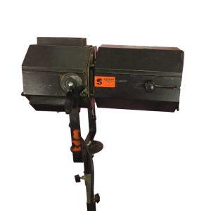 Projecteur 1000W Levron court Scénilux