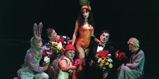 Nina Stromboli, Jérôme Savary, lumière Alain Poisson, Chaillot, 1996